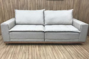 Sofá de 3 Lugares Cinza 2,12 m de Largura - Modelo Marcela